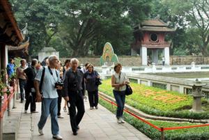 Khách quốc tế đến Hà Nội đạt mốc 4 triệu người