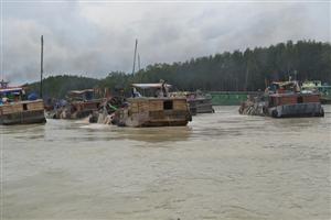 Bốn dự án khai thác cát bị đình chỉ ở Đồng Nai