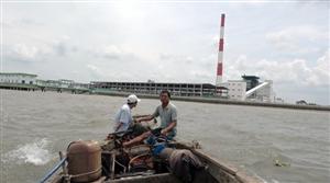 Nhà máy giấy ô nhiễm dưới sự giám sát