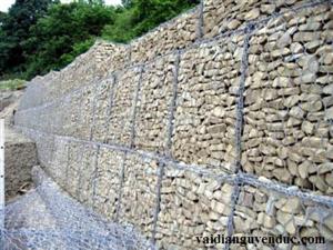 Rọ đá mạ kẽm có gì khác so với rọ đá bọc nhựa PVC