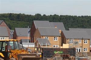 Xây dựng nhà với giá cả phải chăng tại Anh